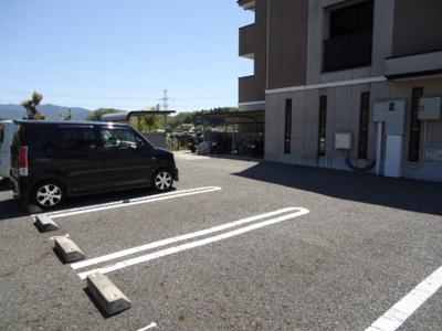 【駐車場】クラールオストベルグⅠ