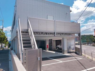 【外観】土塔町1棟貸し 42.4坪!店舗事務所 1F6台駐車可、その他付近に6台あり!