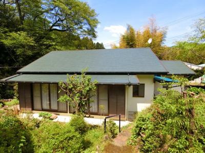 A棟外観 土地の広さを贅沢に活かした平屋だての日本家屋です。