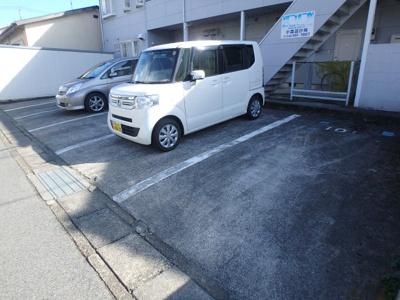 【駐車場】ダイヤコーポ