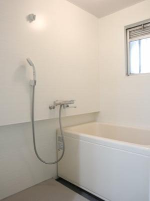 【浴室】サンマリン神戸