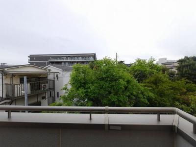 バルコニーからの眺望・陽当たり良好です。