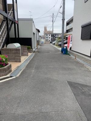 【前面道路含む現地写真】寝屋川市下神田町新築物件