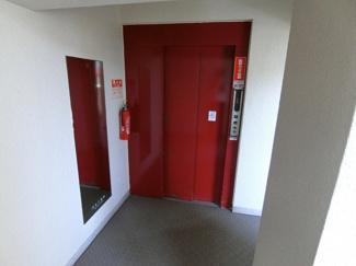 エレベーターも完備されてます