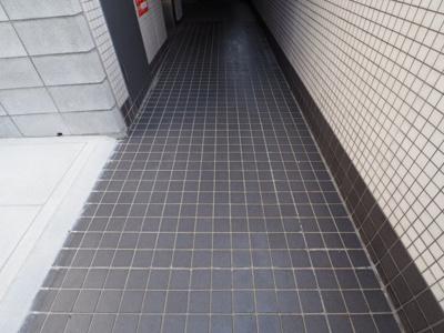 【エントランス】アコーズタワー神戸本山