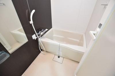 【浴室】エスライズ本町東
