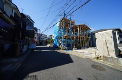 【前面道路含む現地写真】保土ヶ谷区今井町 全2棟新築戸建