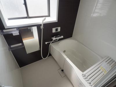 【浴室】イングカーサ岡本