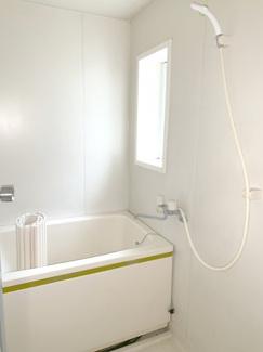【浴室】東山田住居付き貸し倉庫