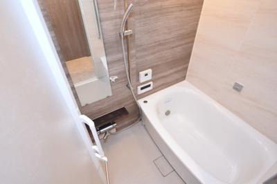 【浴室】プレサンスレジェンド堺筋本町タワー