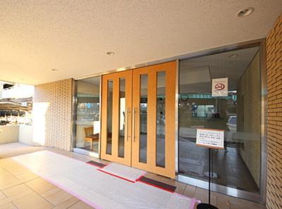 【エントランス】仲介手数料無料■ニューパークハイツ 14階 最上階 リノベーション済