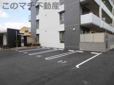 【駐車場】Merveille・CY-MA(メルベーユ・シーマ)