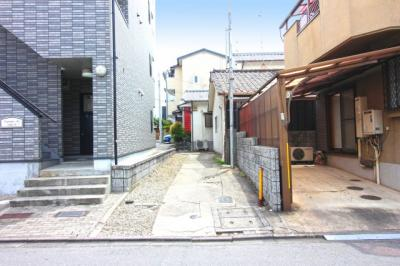 《伏見郵便局280m・京都信用金庫 北伏見支店485m》など金融機も近くて便利です。