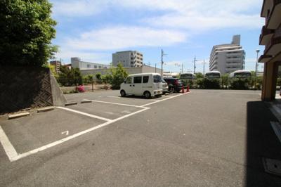 【駐車場】アビタシオン西緑丘