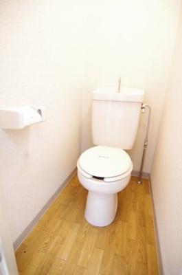 【トイレ】レオパレスシャルマン北越谷