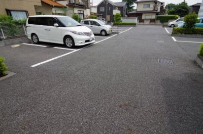 【駐車場】レオパレスサンプラザⅠ