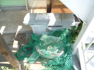 ゴミ捨て場が敷地内にあり、ゴミ出しもラクラク☆