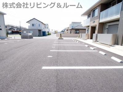 【駐車場】オーシャンズ F