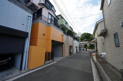 上星川駅徒歩圏の閑静な住宅街です。