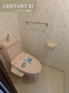 手洗い付き・温水洗浄便座付きトイレ。 清潔感のあるトイレです。