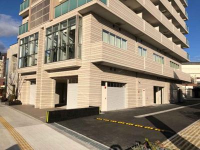 環状線「芦原橋」駅1分と立地の良い1階 約98.95坪!店舗・事務所