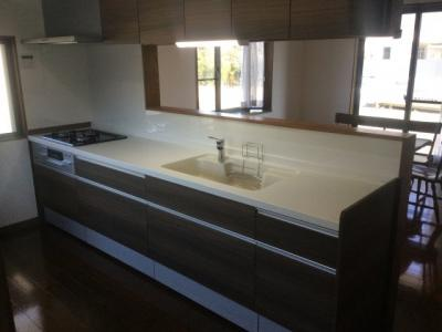 お料理しやすいキッチンです。キッチン交換済み。床暖房あり。
