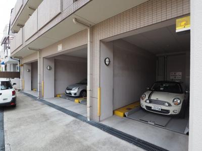 【駐車場】エステムコート芦屋西