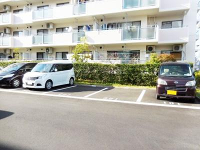 【駐車場】津々山台第二住宅