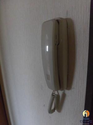 電話タイプのインターホンです
