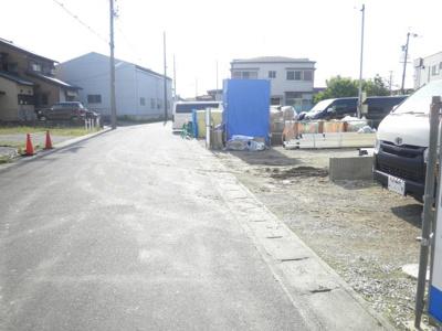 5月16日撮影 前面道路を含む現地