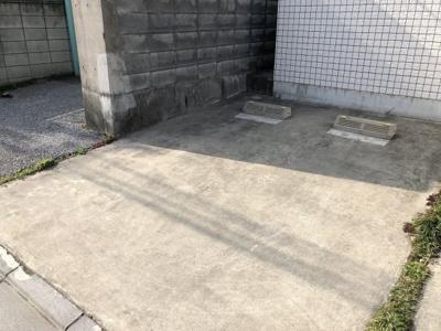 【駐車場】ホワイトイン