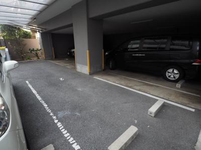 【駐車場】オーベルジュ甲南