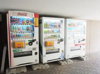 敷地内自動販売機