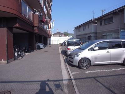 【駐車場】メゾンローゼ