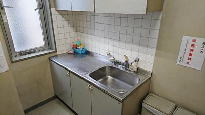 共用の給湯室です。