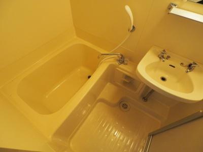 【浴室】オギタビル