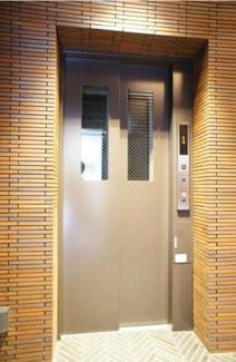 八ツ山三和ハウス:エレベーター