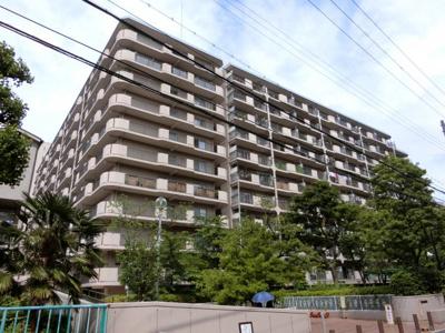 【現地写真】総戸数255戸のマンションです♪