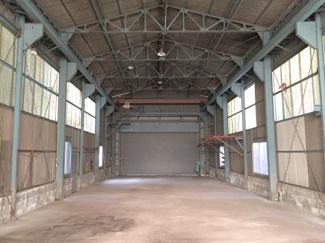 倉庫内MAX天高7m以上、梁下4.82m