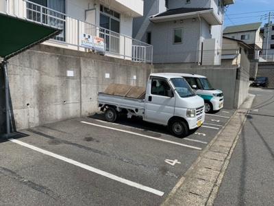 【駐車場】三宝ハイツ