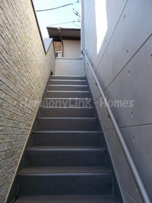 ハーモニーテラス上池袋Ⅱの階段☆