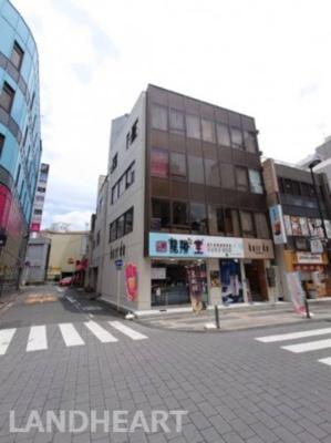 人気の富士見通りの角地!