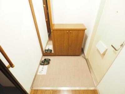 【玄関】カサセルバ