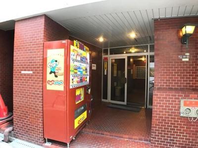 【エントランス】新町ダイアパレスⅡ号館