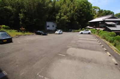 【駐車場】リアルティ神戸名谷