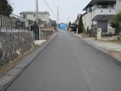 【前面道路含む現地写真】新取手1期 2号棟 限定特典