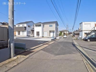 【前面道路含む現地写真】つくば市谷田部 第8 1号棟クワイエ地震の揺れを吸収する家