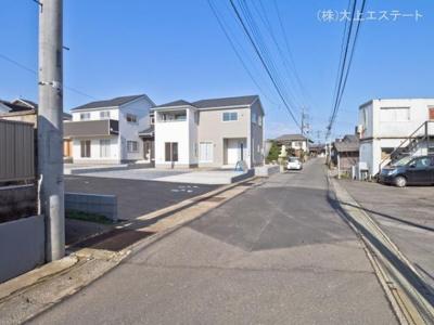 【前面道路含む現地写真】つくば市谷田部 第8 3号棟クワイエ地震の揺れを吸収する家