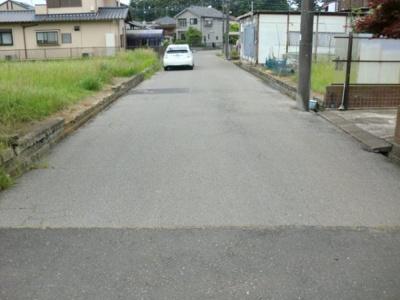 【前面道路含む現地写真】牛久市小坂町 小坂団地内