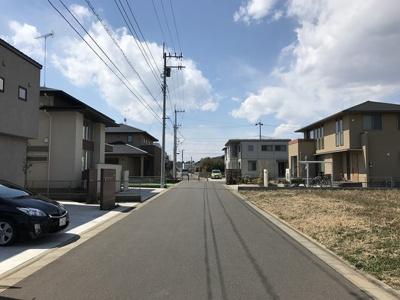 車通りの少ない6m道路